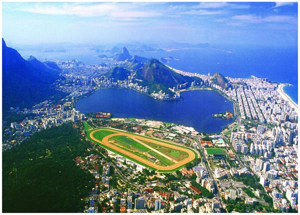 Lagoa Rodrigo De Freitas (Lagoon) in Rio De Janeiro Travel